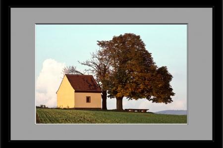 Kapelle-Hausen_Herbst